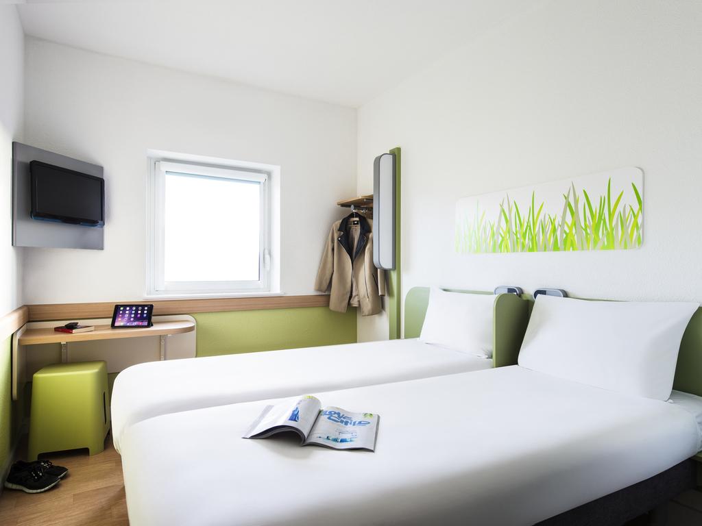 ibis budget manchester salford hotel in manchester