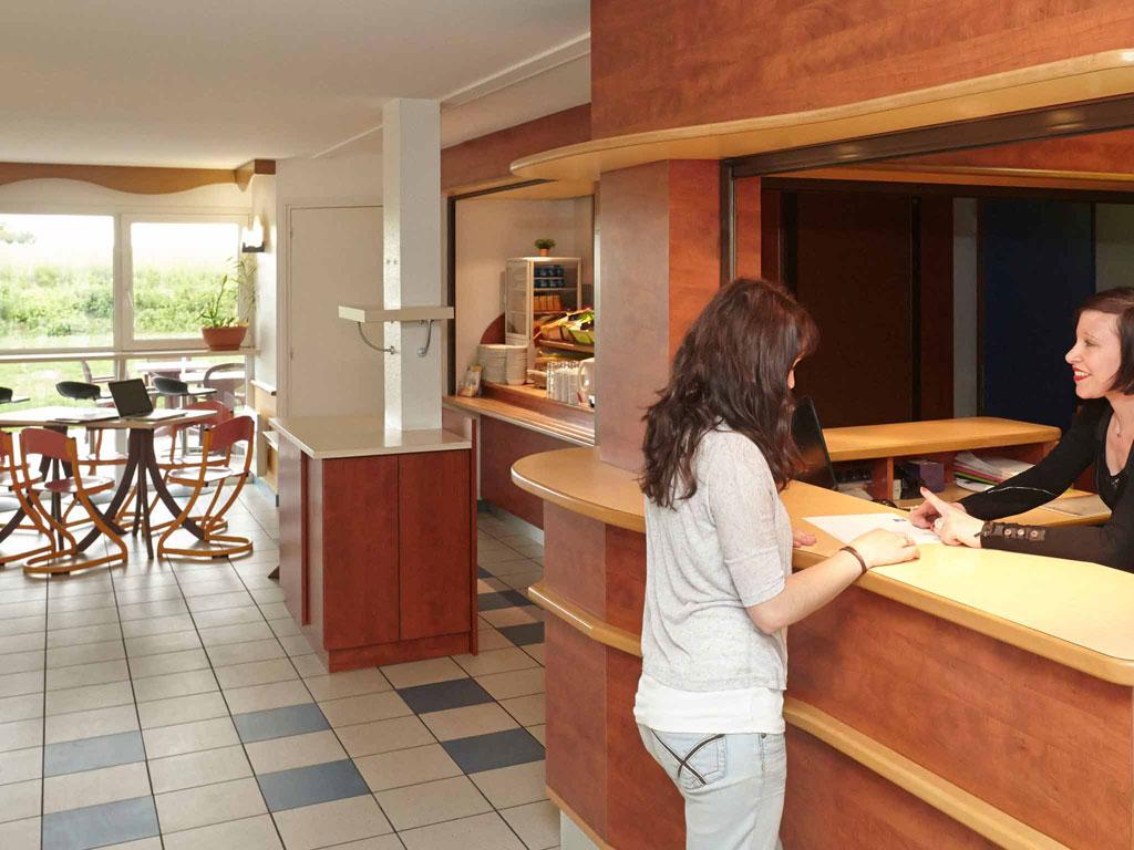 Hotel pas cher nuits saint georges ibis budget nuits for Nuit hotel pas chere