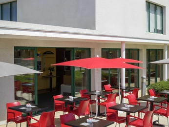 h tel rivesaltes ibis perpignan nord. Black Bedroom Furniture Sets. Home Design Ideas