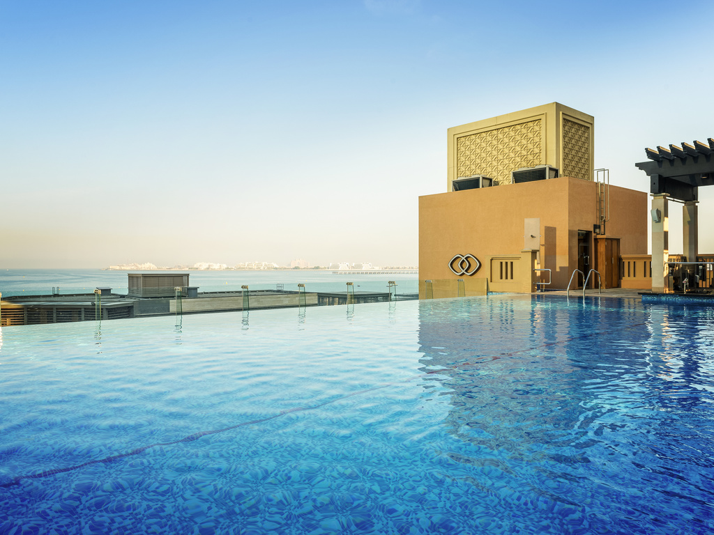 Sofitel dubai jumeirah beach dubai online booking for Hotel dubai booking