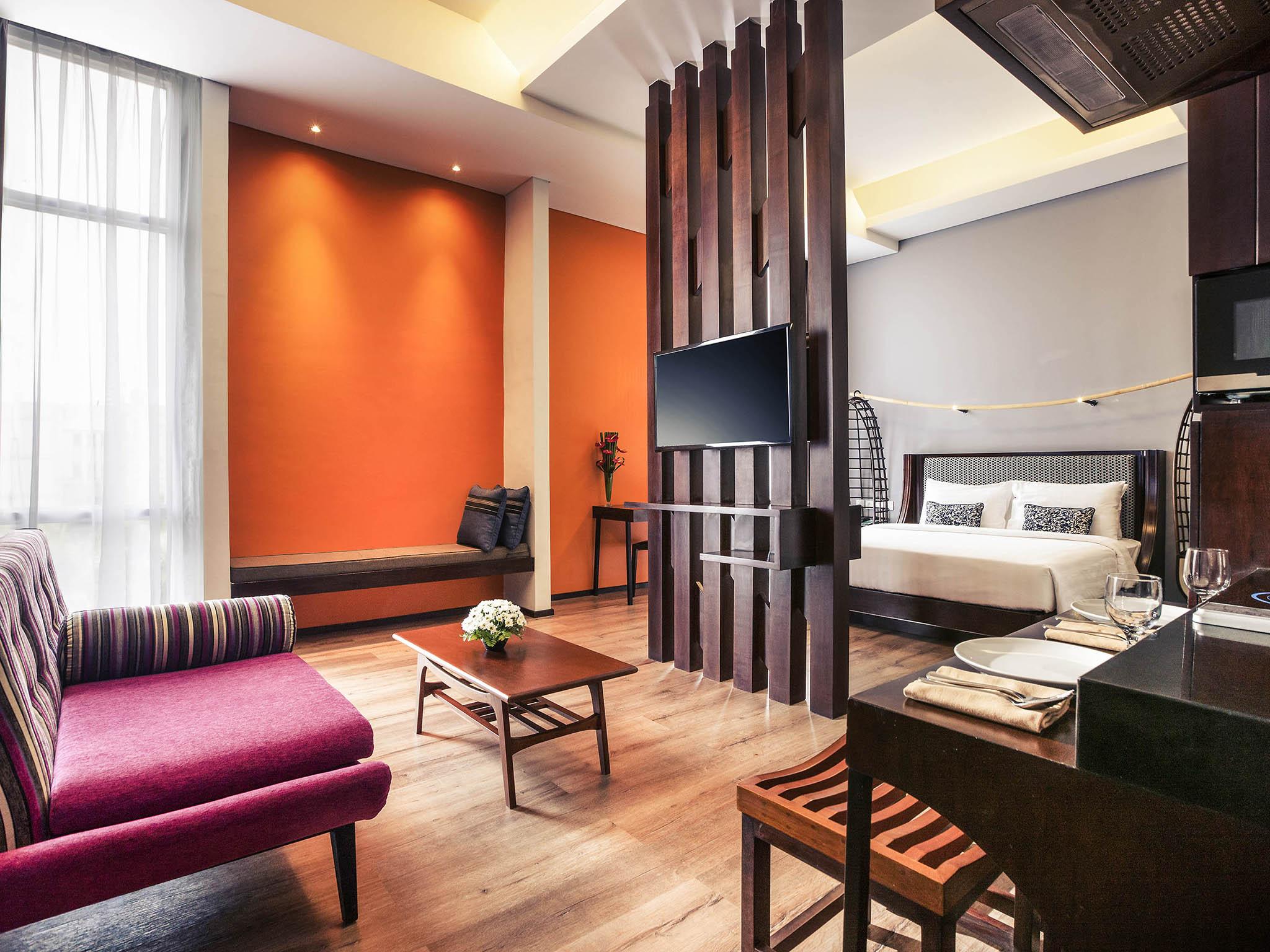 Hotel In Surabaya Mercure Surabaya