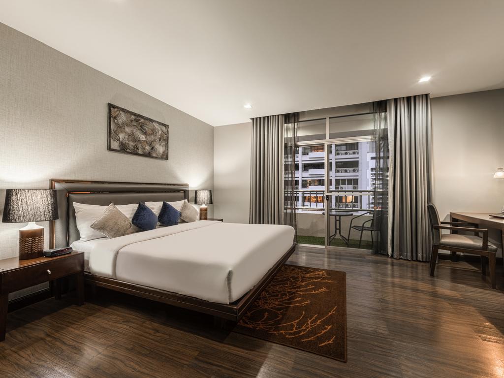 ibis styles avignon sud r servation gratuite sur viamichelin. Black Bedroom Furniture Sets. Home Design Ideas
