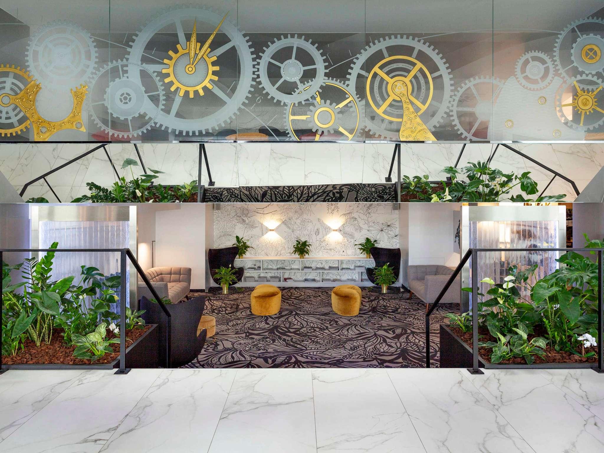 호텔 – Mercure Plaza Biel