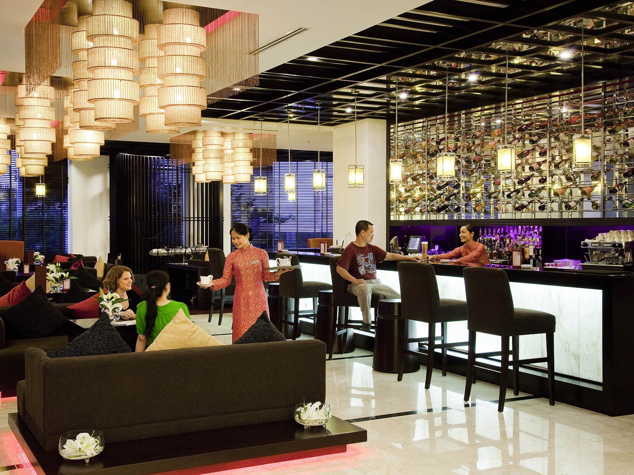 Bar Novotel Ha Long Bay