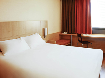 Rooms - ibis Marseille Centre Euromed