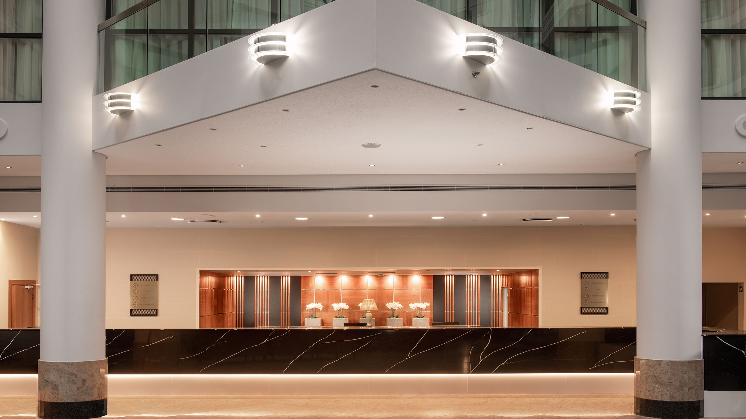 Gatwick Airport North Terminal Postcode >> Luxury Hotel Crawley Sofitel London Gatwick