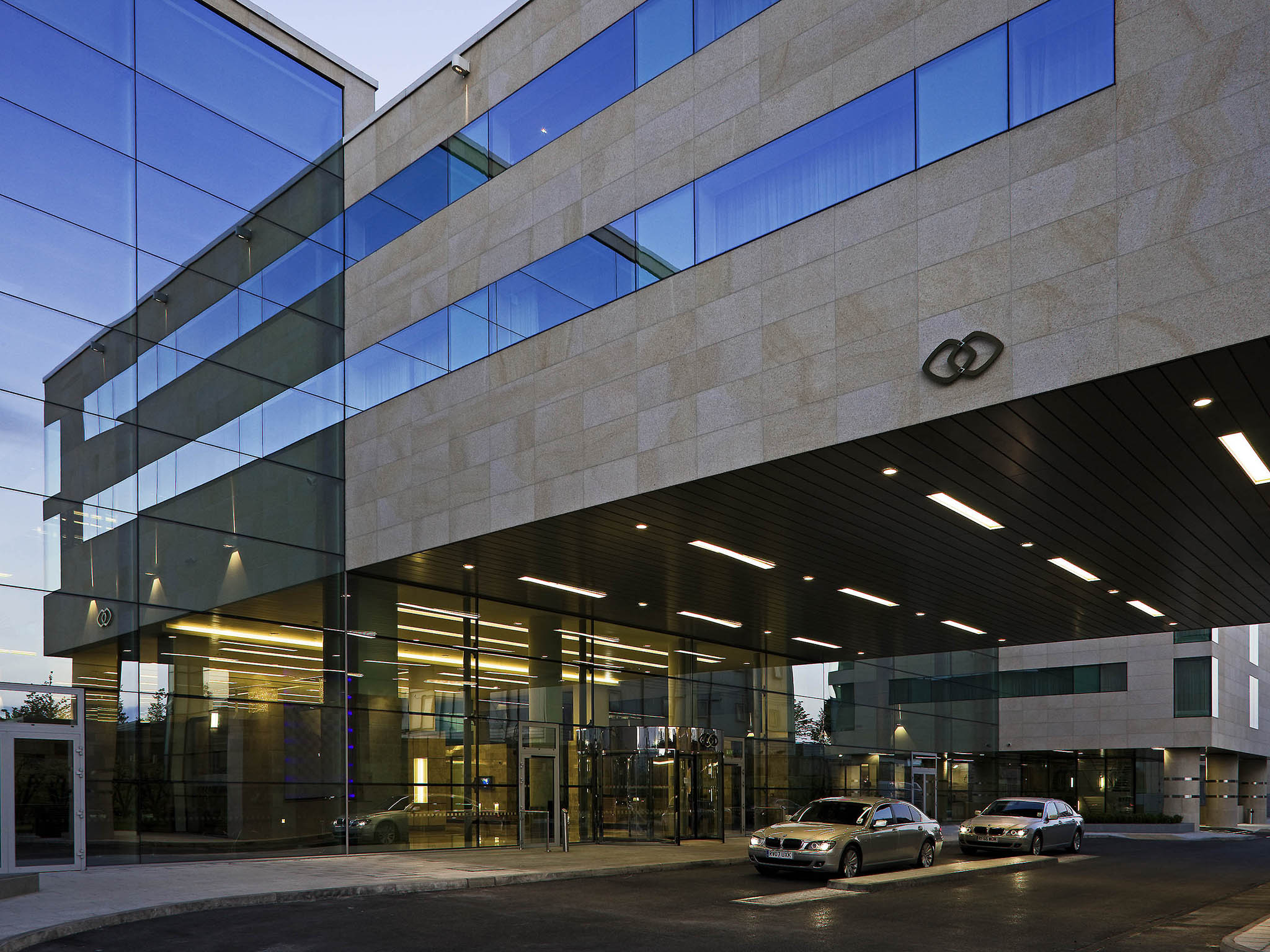 โรงแรม – โซฟิเทล ลอนดอน ฮีทโธรว์