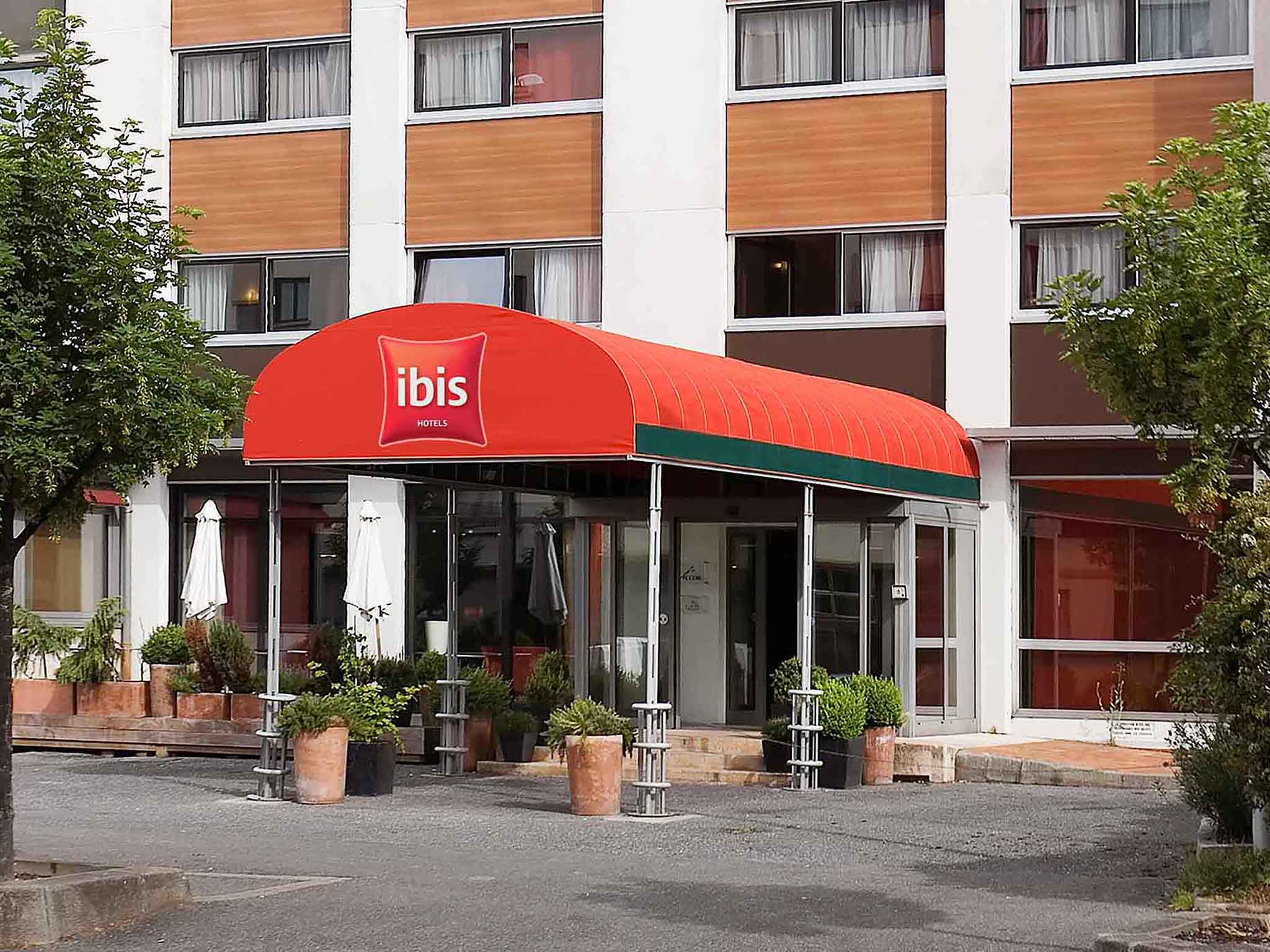 Отель — Ибис Аннемас