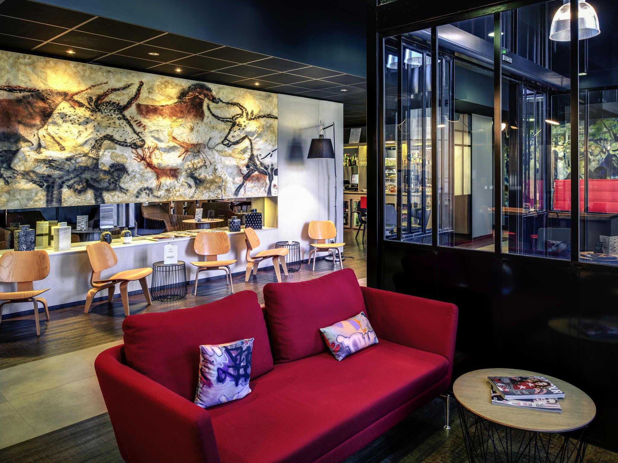 โรงแรม – Hôtel Mercure Périgueux Centre