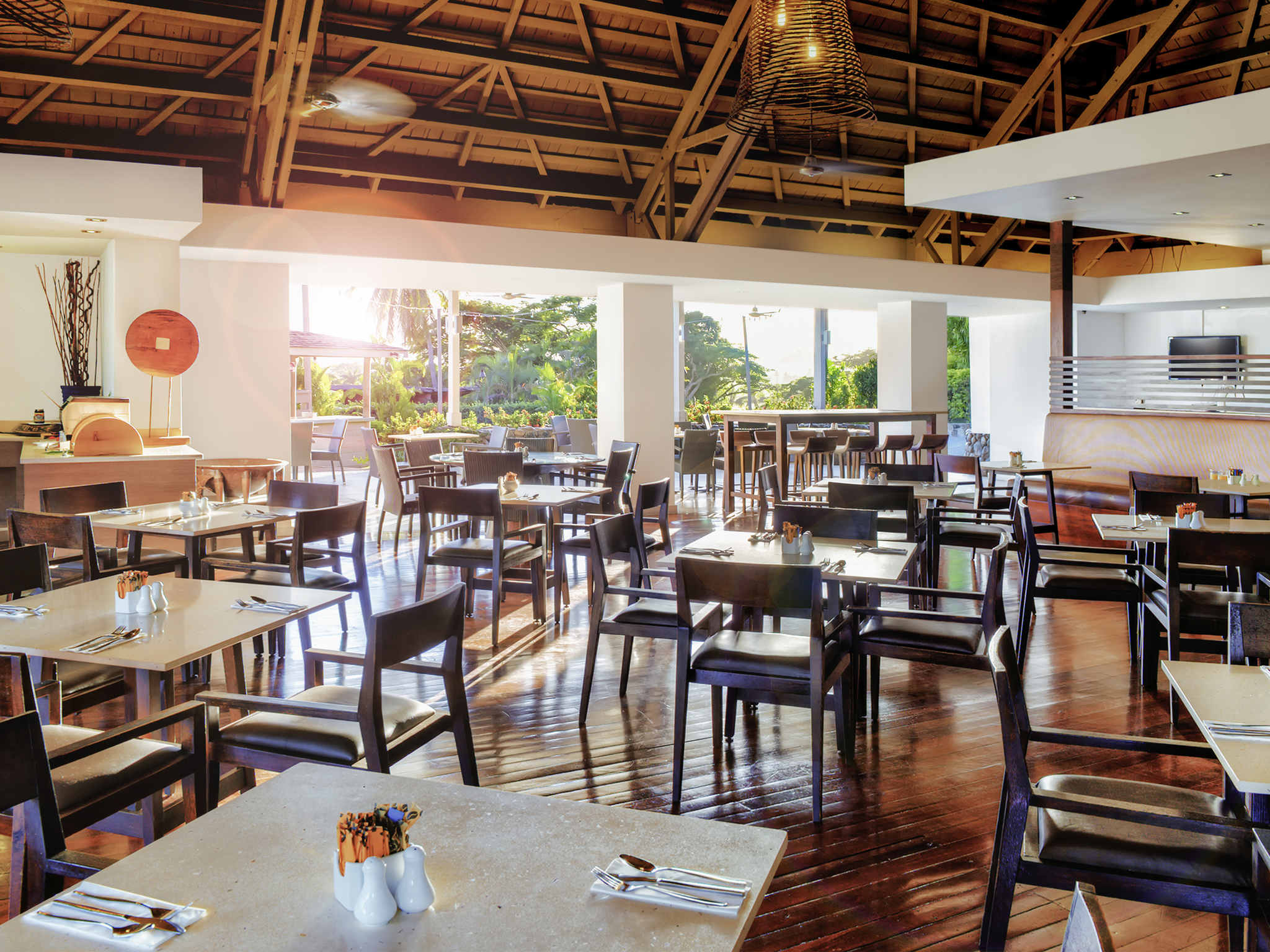 Restaurant Kitchen Tables Novotel Nadi 4 Star Hotel Accommodation Close To Nadi Airport