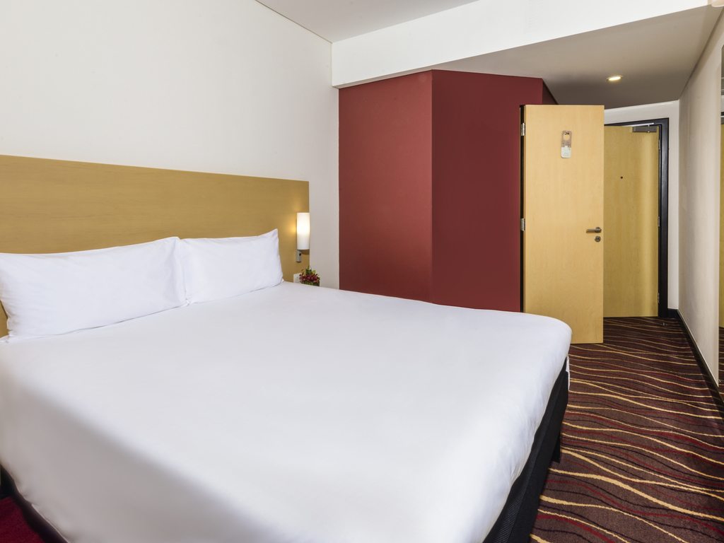 Hotel In Manama Ibis Seef With Gym Pool The Little Things She Needs Kashira 2b Brown Cokelat 38 Superior Room Side Sea View Extra Benefits
