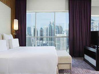 Pullman Dubai Jumeirah Lakes Towers - Hotel and Residence