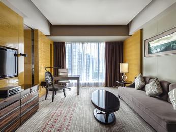suites en h tel de luxe guangzhou sofitel guangzhou sunrich. Black Bedroom Furniture Sets. Home Design Ideas