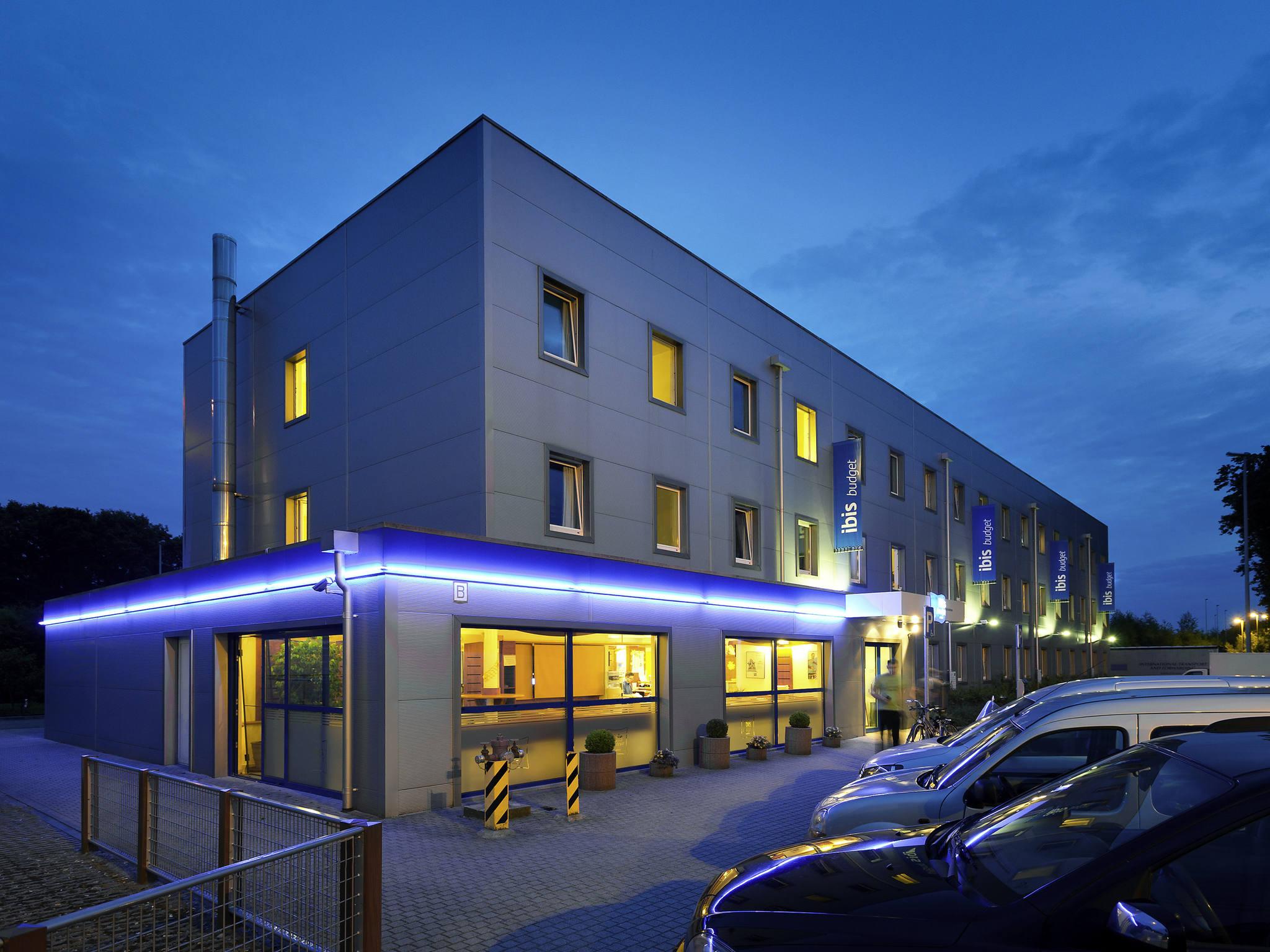 Отель — ibis budget Aachen Raeren Grenze