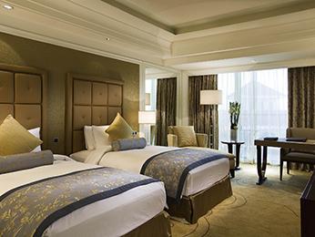 chambres en h tel de luxe shanghai sofitel shanghai sheshan oriental. Black Bedroom Furniture Sets. Home Design Ideas
