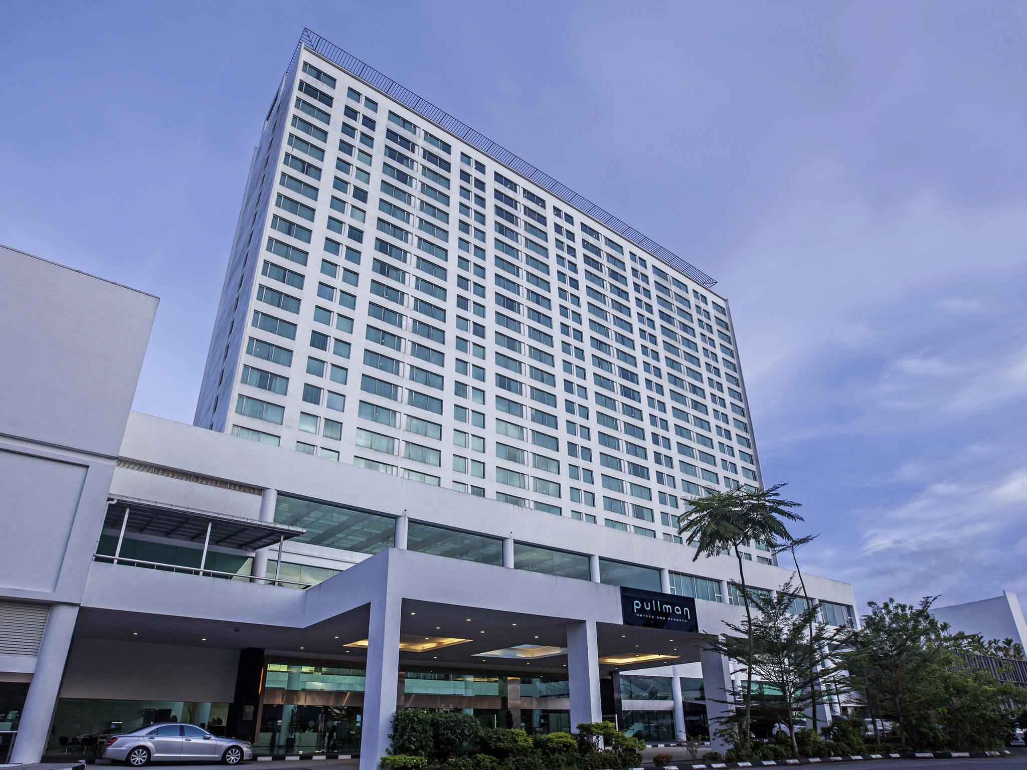 โรงแรม – Pullman Kuching