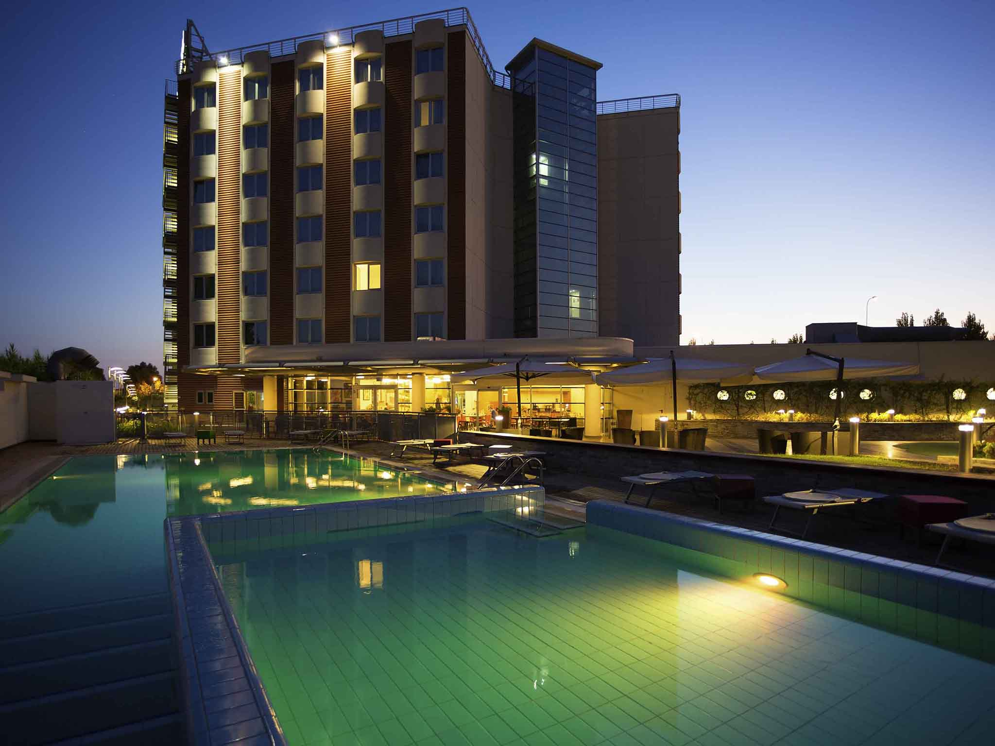 โรงแรม – Novotel Salerno Est Arechi