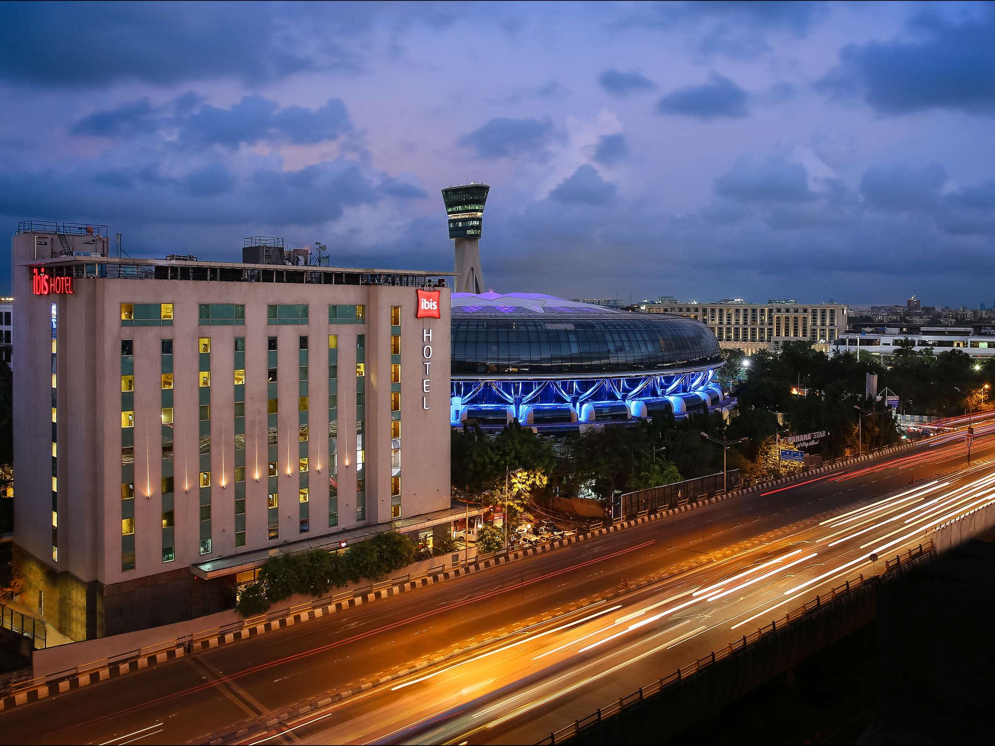 Отель — ibis Мумбаи Аэропорт