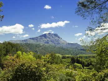 hotel in cabries hotelf1 marseille plan de campagne n 1. Black Bedroom Furniture Sets. Home Design Ideas