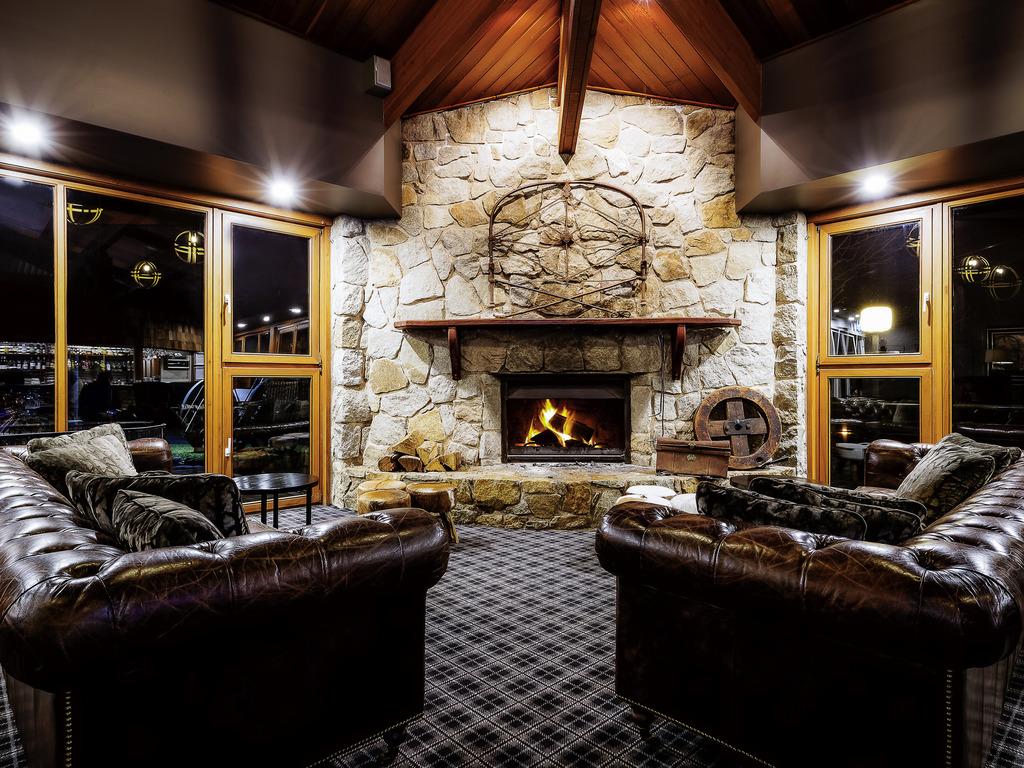 Pinnacle Valley Restaurant And Meeting Room