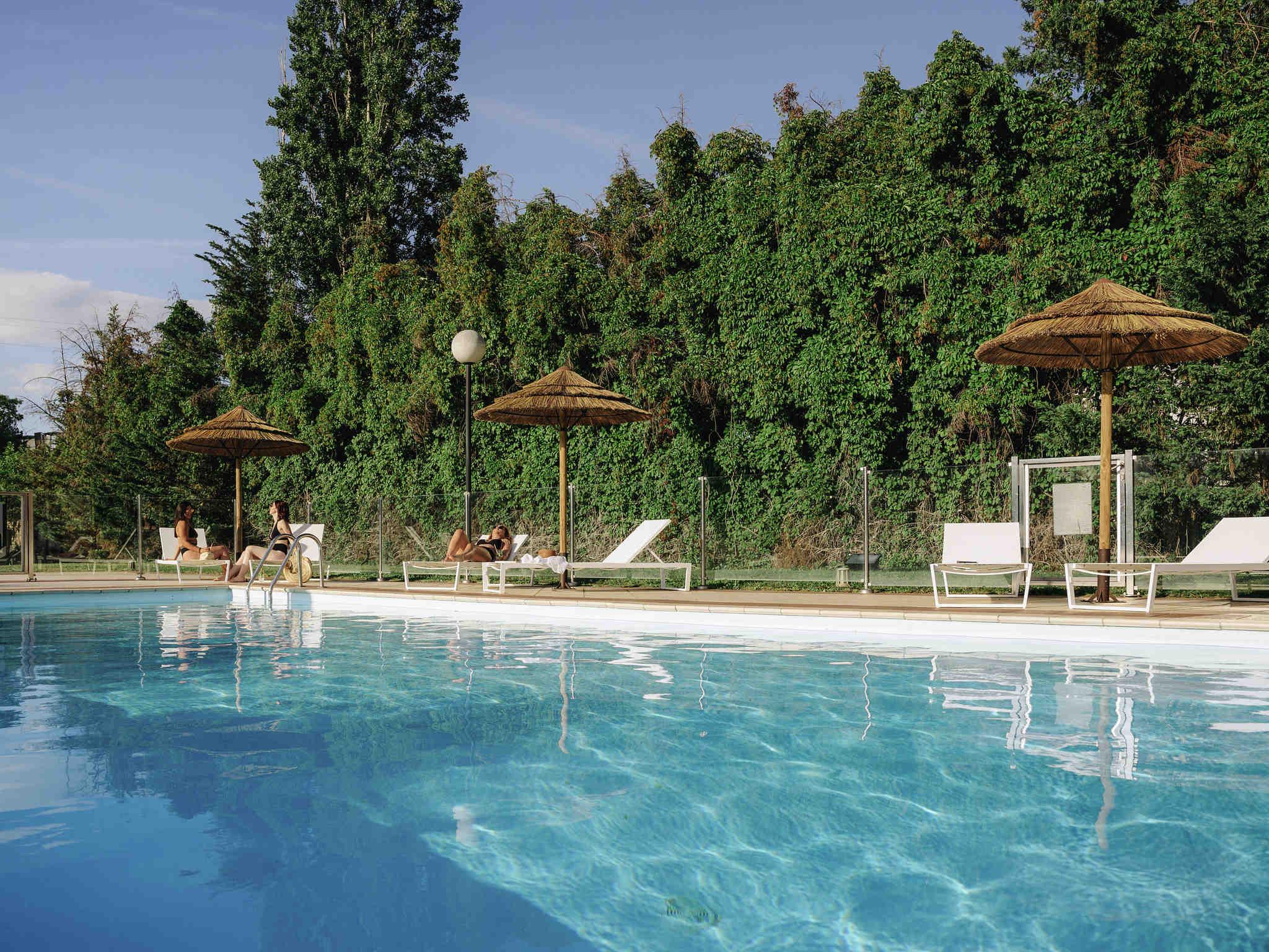Отель — Mercure Валанс Юг