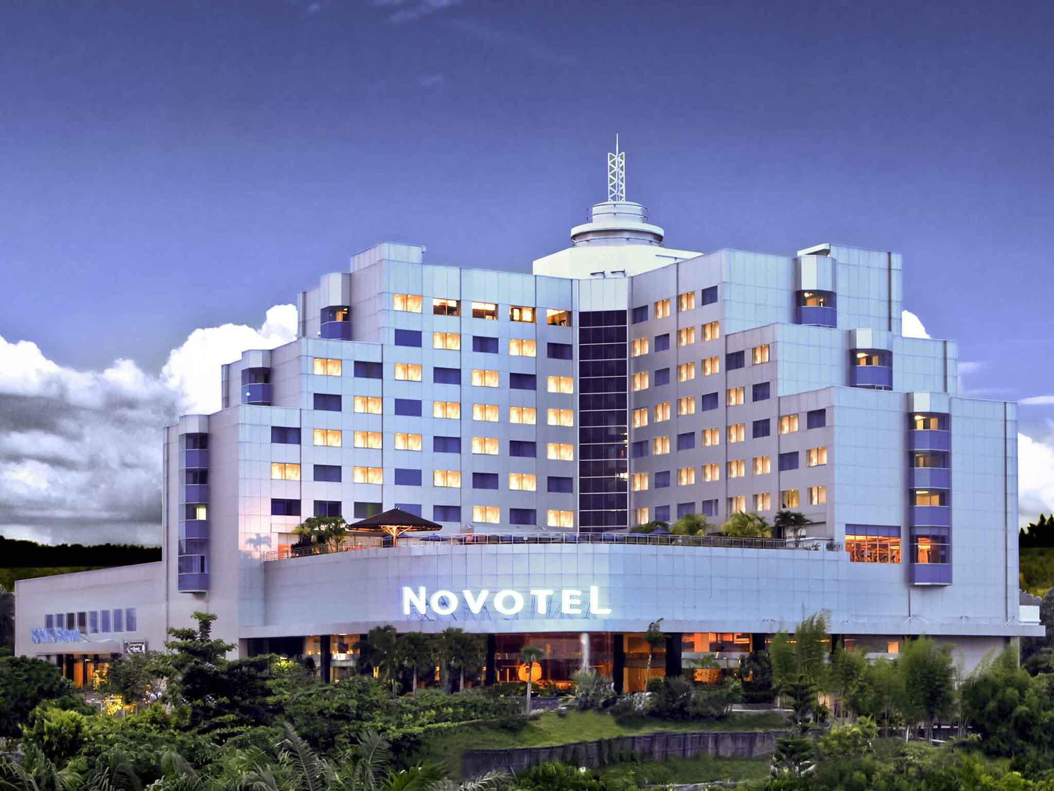 ホテル – ノボテルバリクパパン