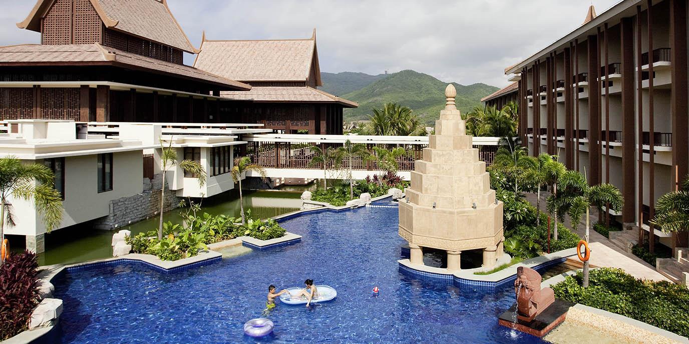 Best Price on Pullman Sanya Yalong Bay Villas and Resort in Sanya