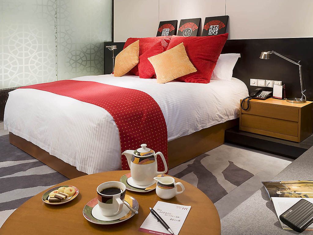 H tel suzhou mercure suzhou park hotel and suites for Chambre queen size