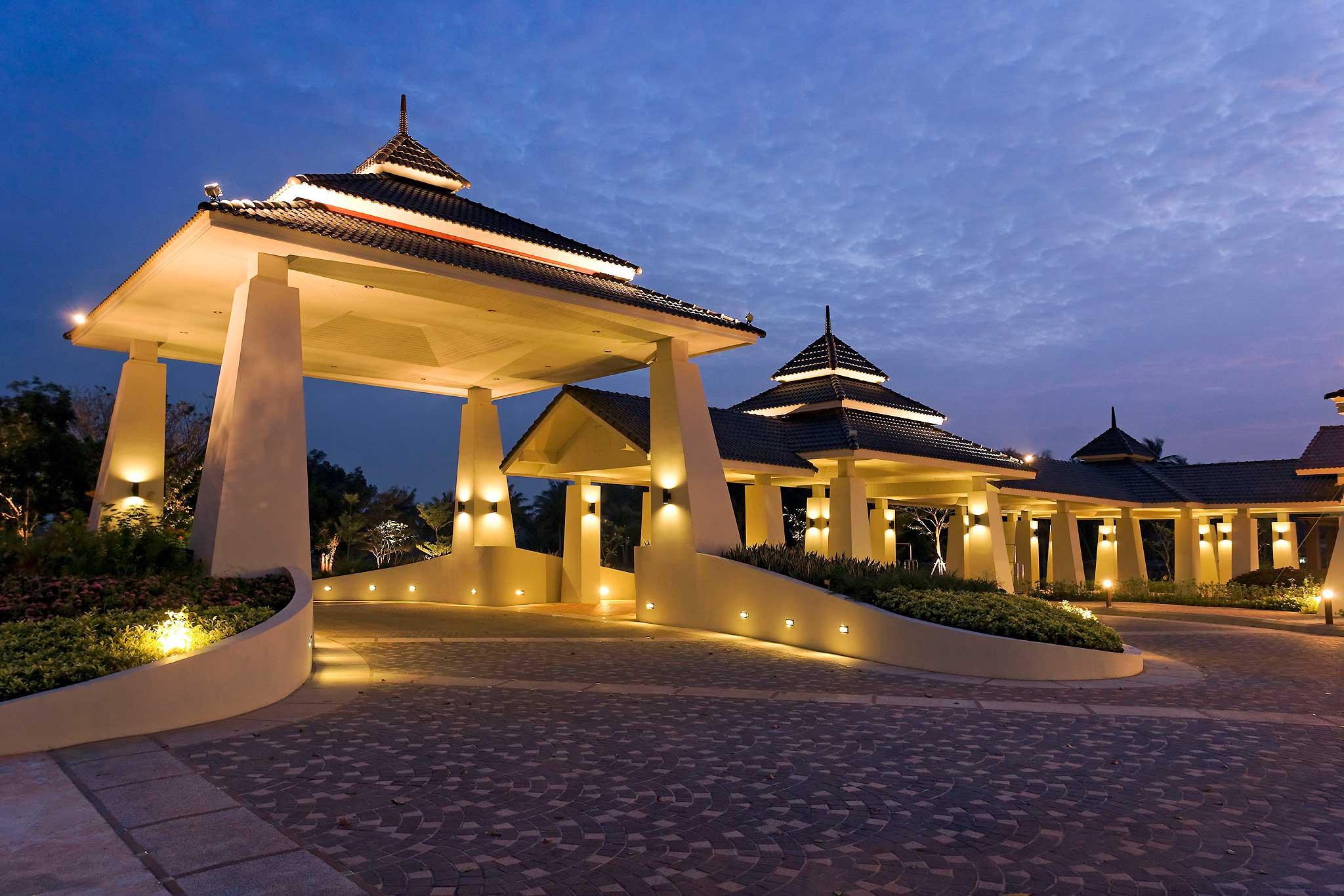 Otel – Novotel Chumphon Beach Resort & Golf