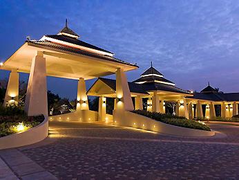 Novotel Chumphon Beach Resort & Golf