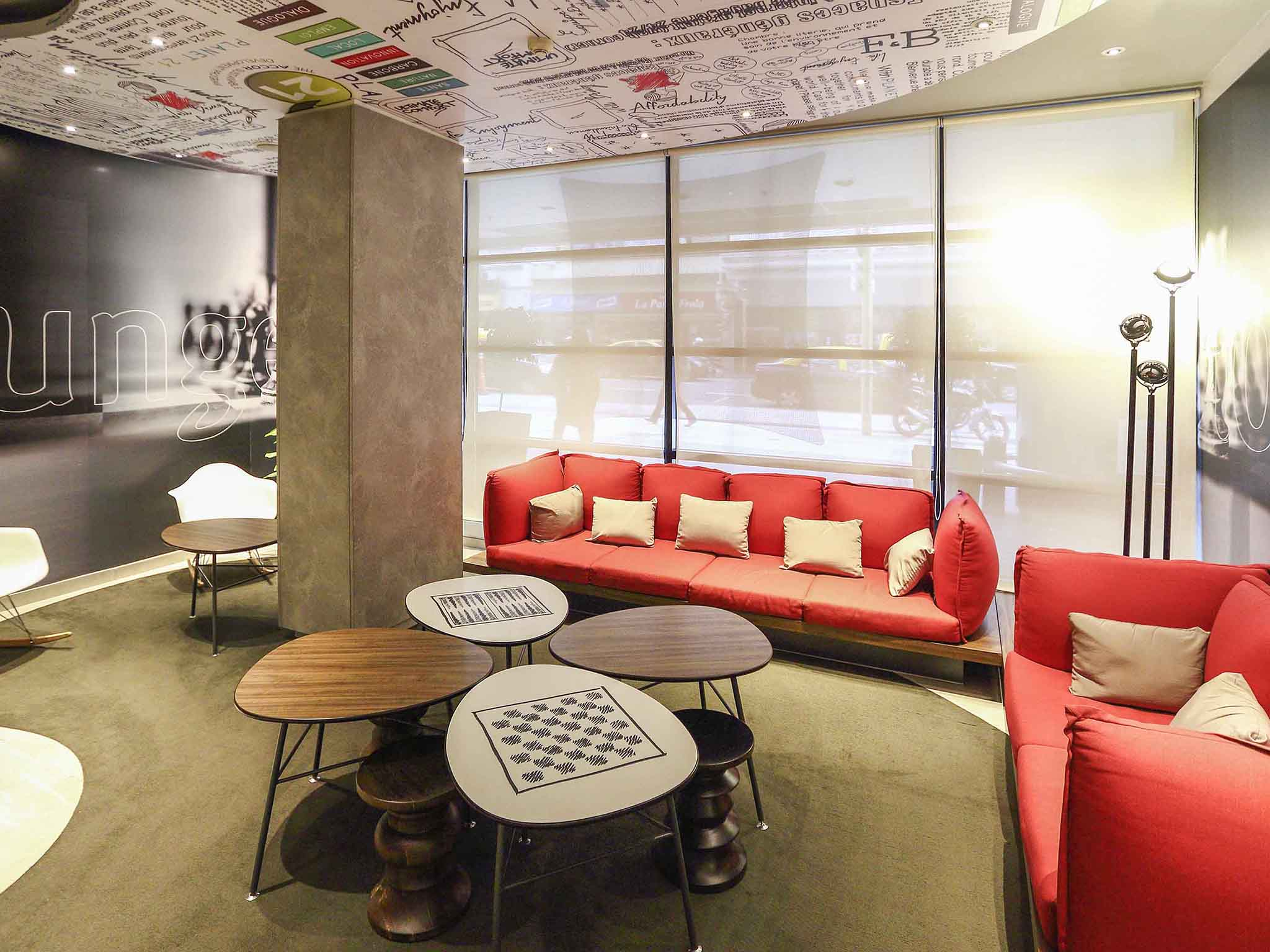 Hotell – ibis Buenos Aires Obelisco