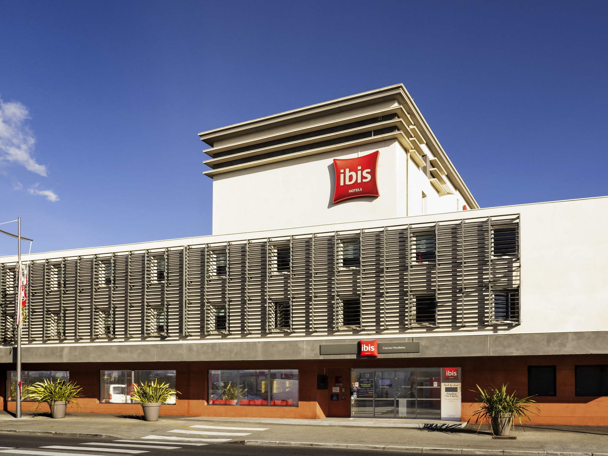 호텔 – ibis Cannes Mandelieu