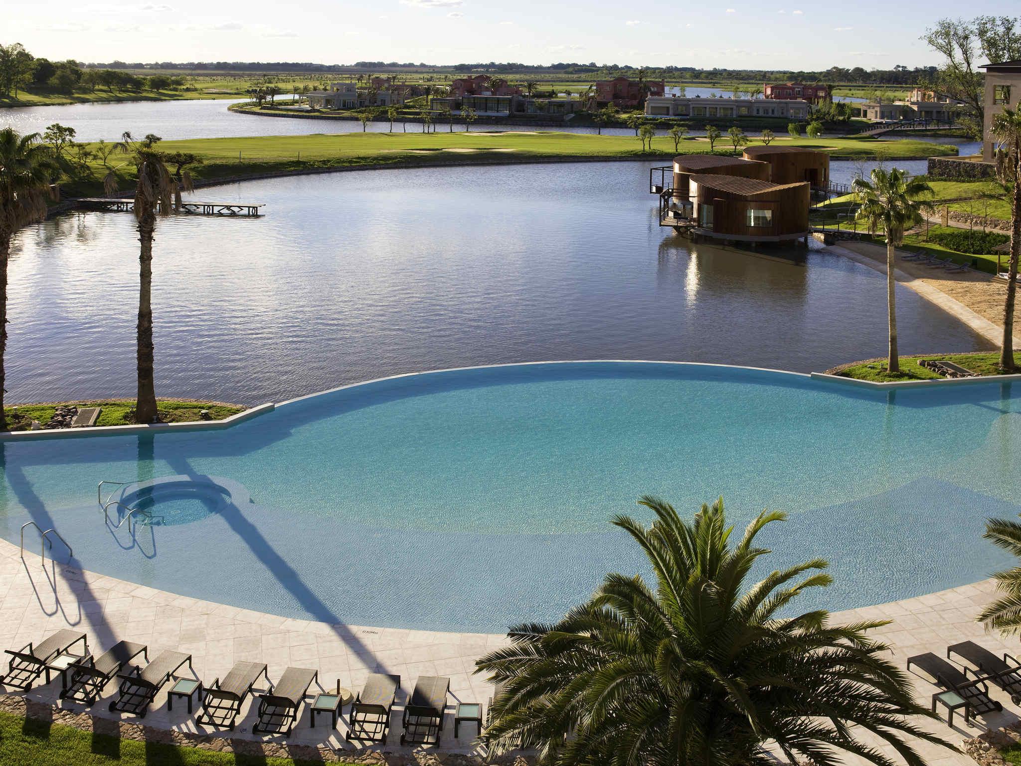 Hotel – Sofitel La Reserva Cardales