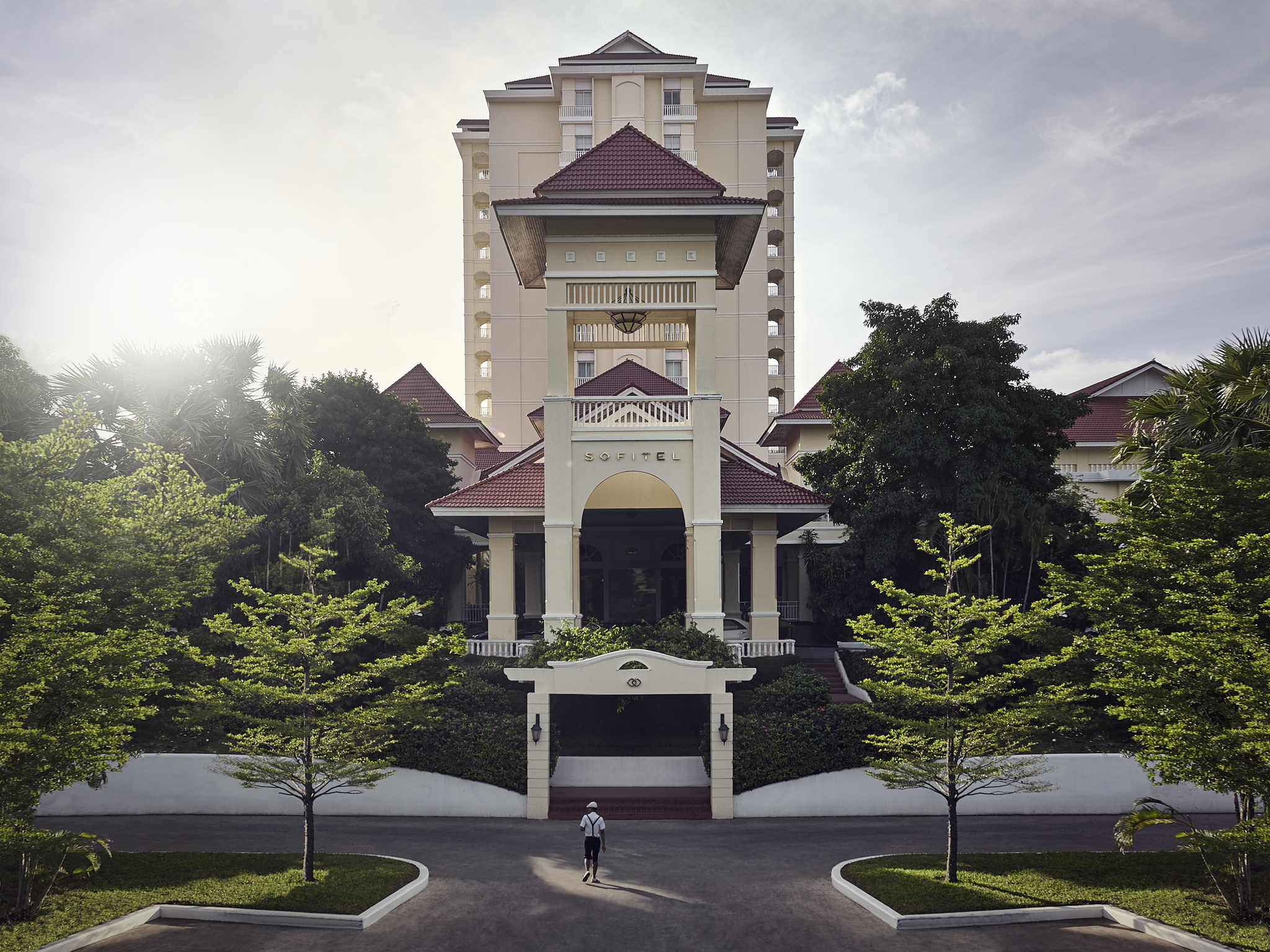 Отель — Sofitel Пномпень Покитра
