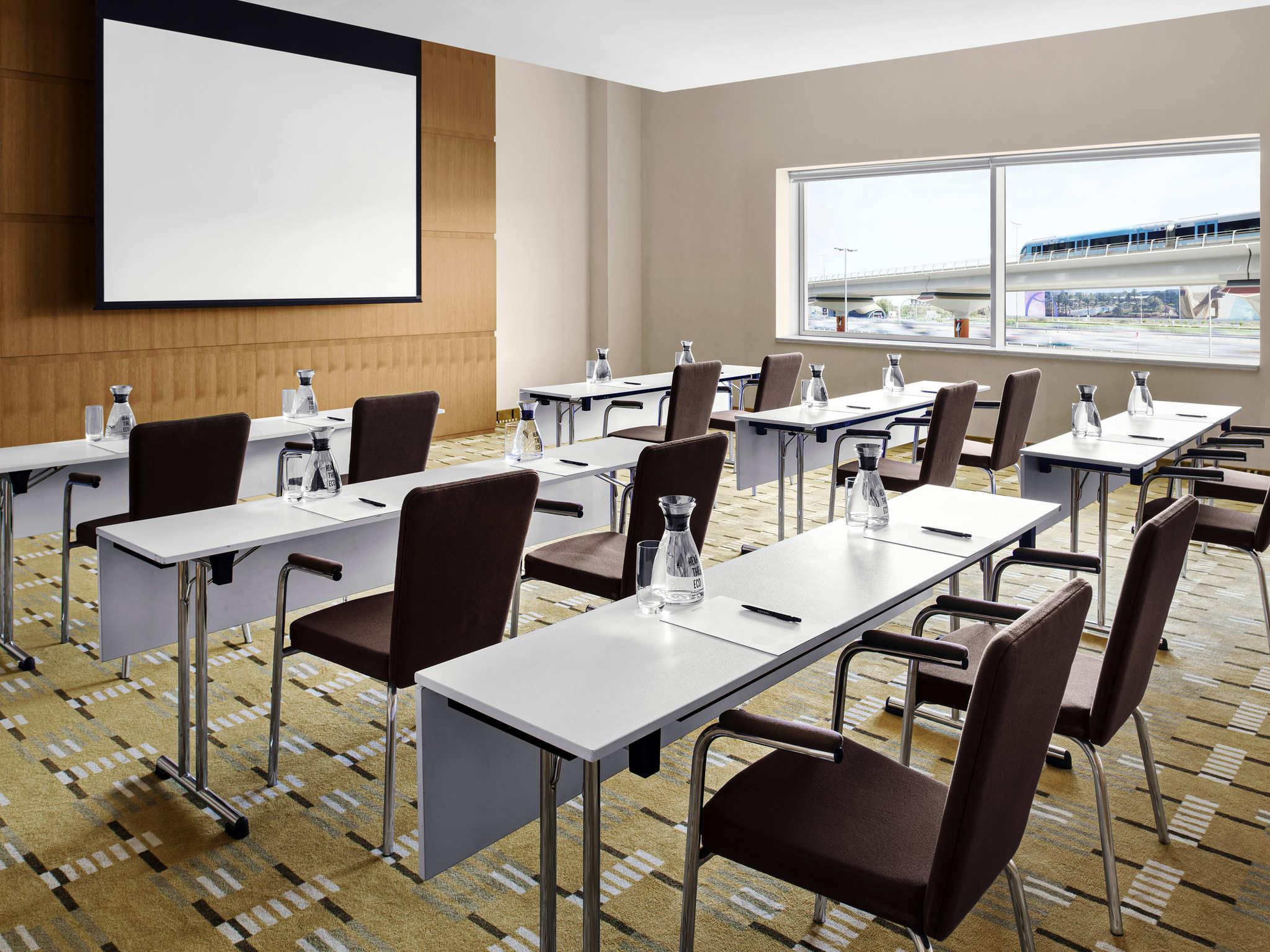 Hotel in DUBAI Novotel Dubai Al Barsha