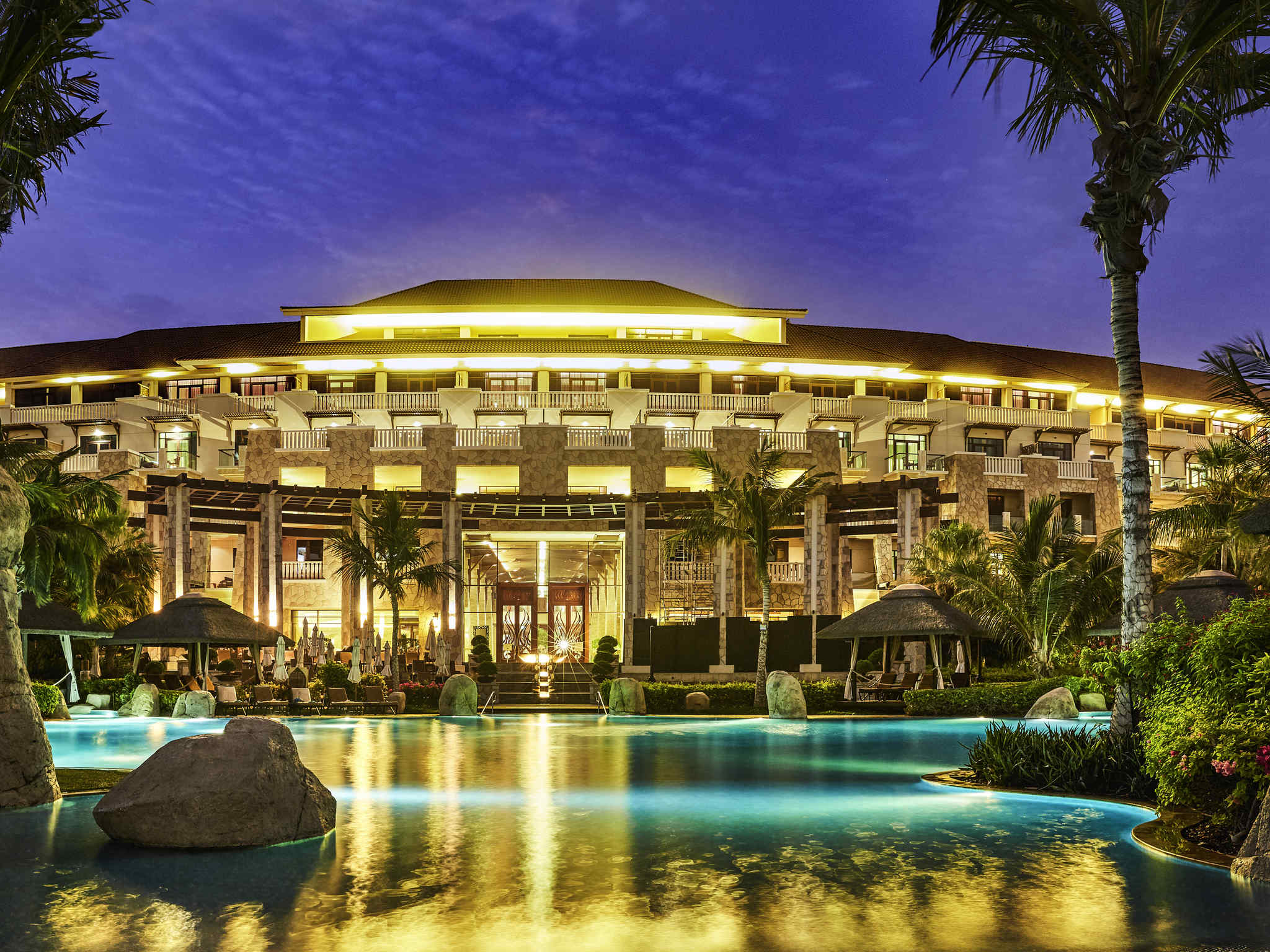 Hotel – Sofitel Dubai The Palm Resort & Spa