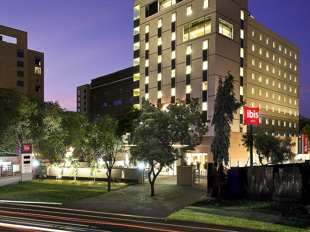 Hotel in Pune - ibis Pune - 3 Kms from Airport - AccorHotels