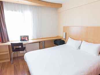 hotel pas cher dunkerque ibis dunkerque centre. Black Bedroom Furniture Sets. Home Design Ideas