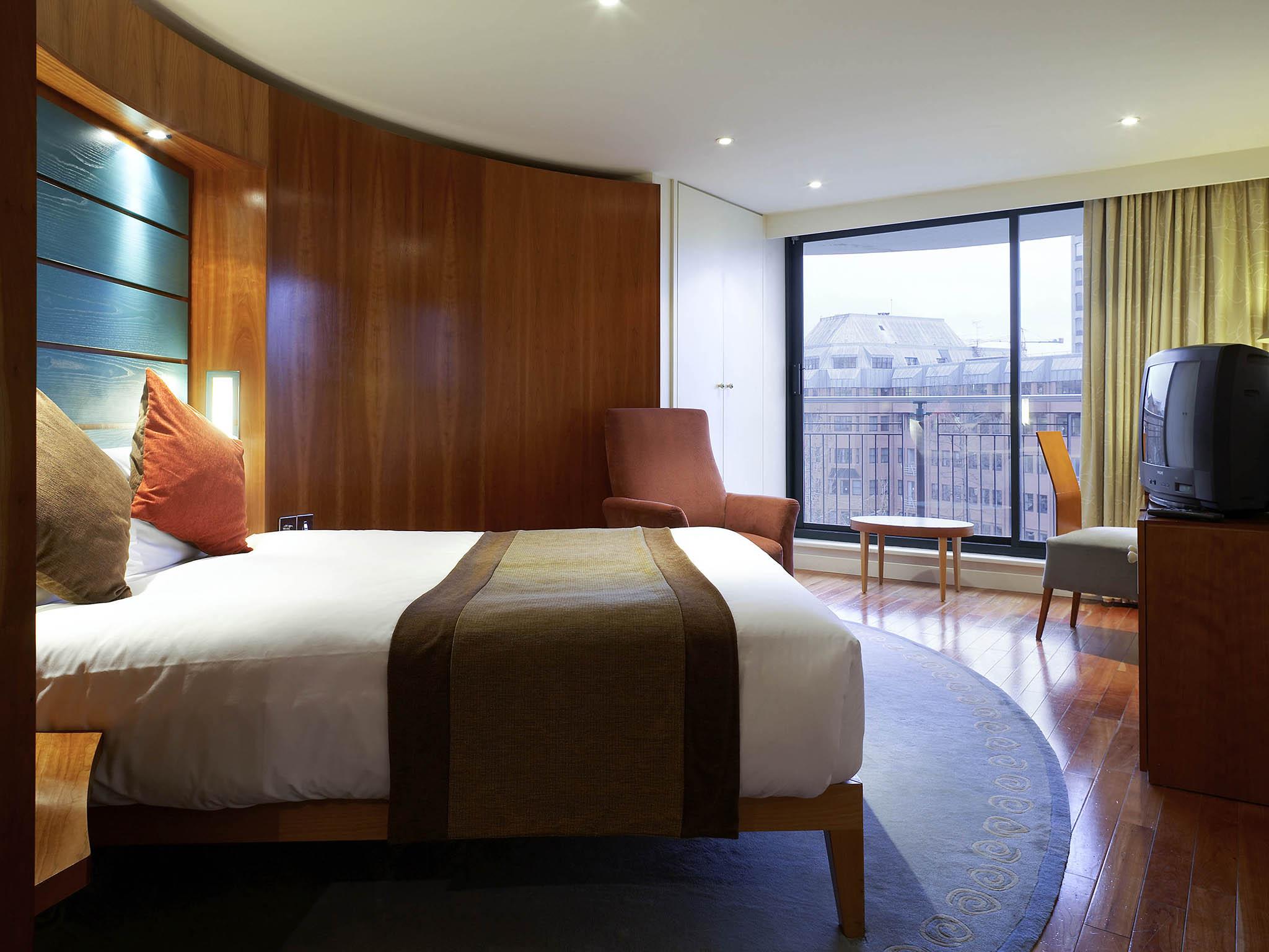 Rooms Mercure Bristol Brigstow Hotel