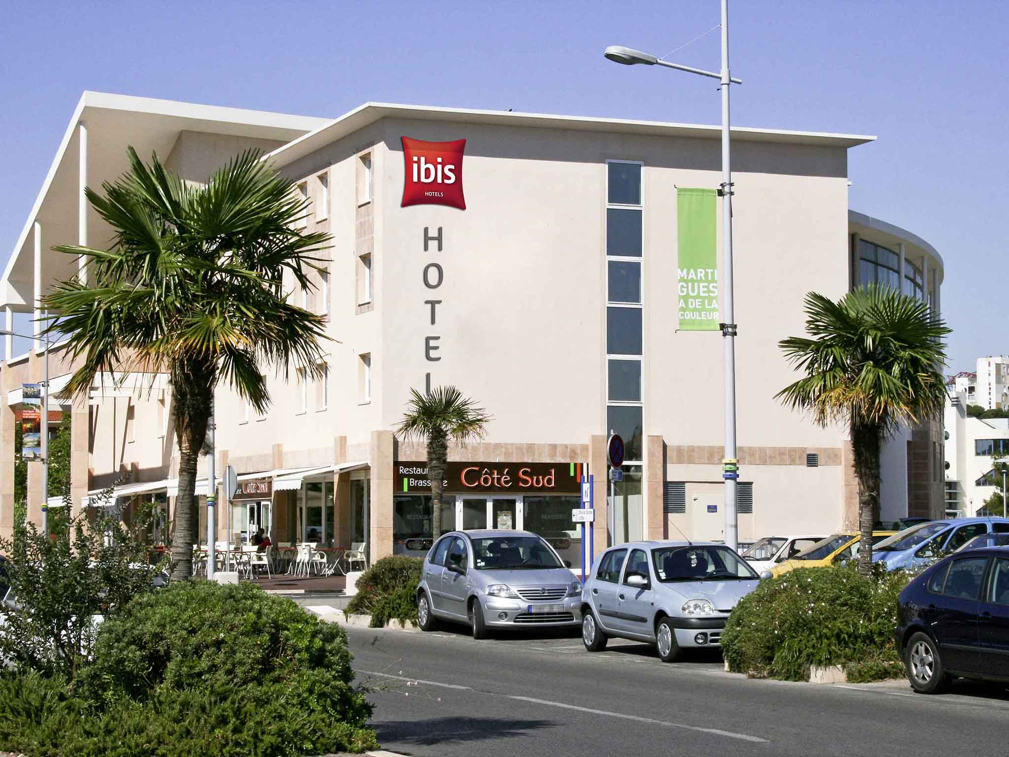 Hotel in martigues ibis martigues for Hotels ibis france