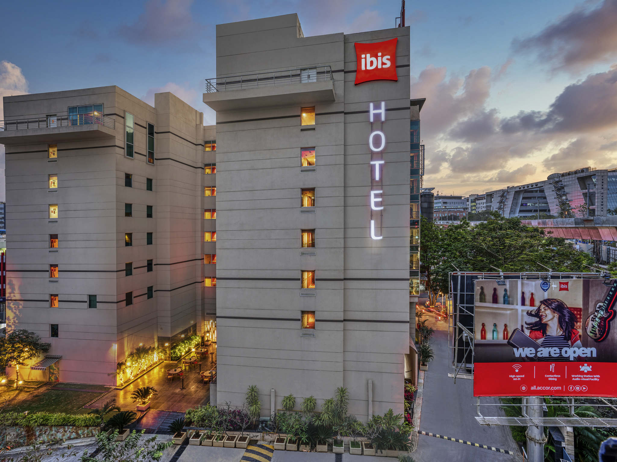Hotel – Ibis Hyderabad HITEC City