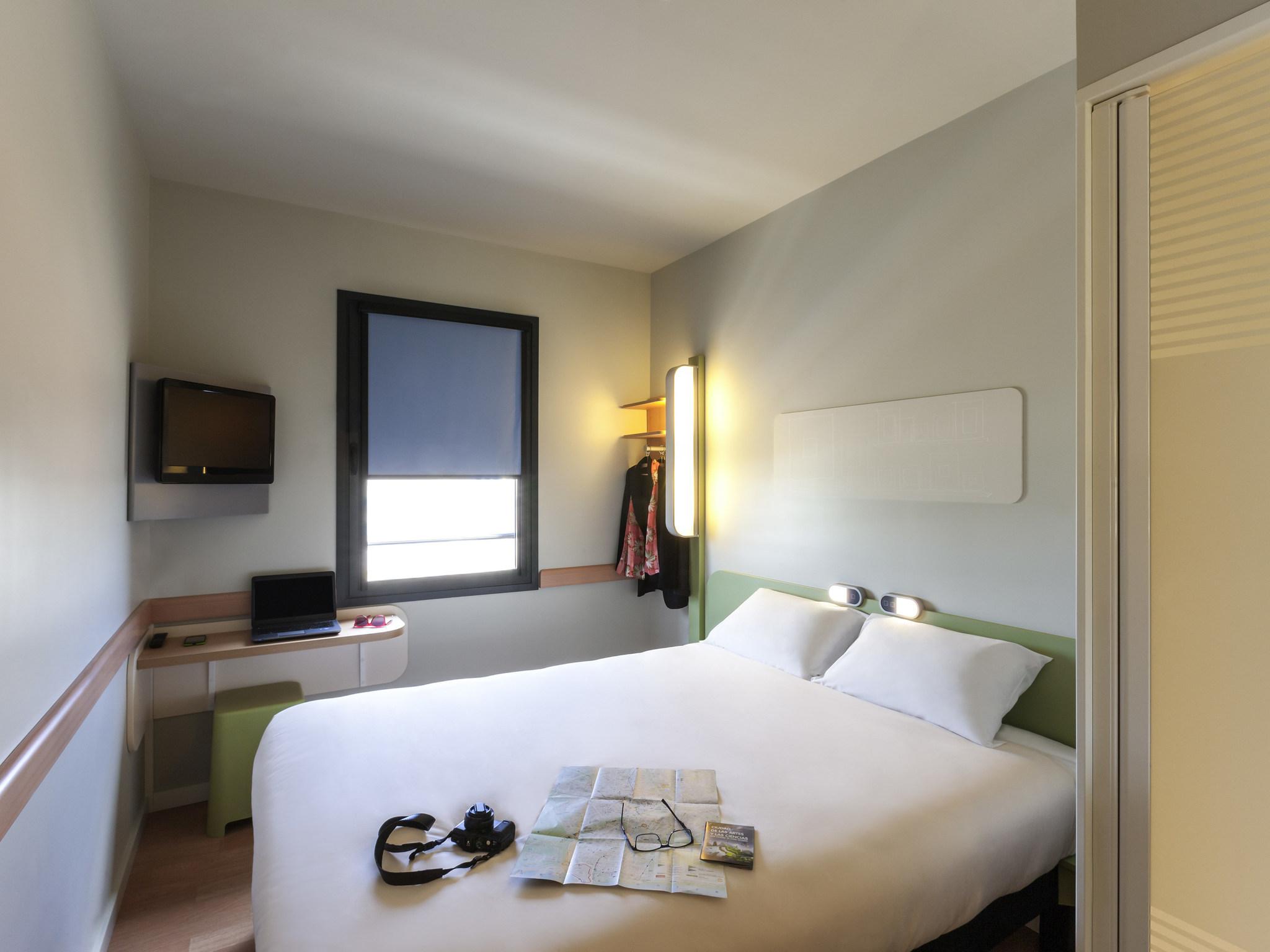 Alojamiento – ibis budget Valencia Alcasser