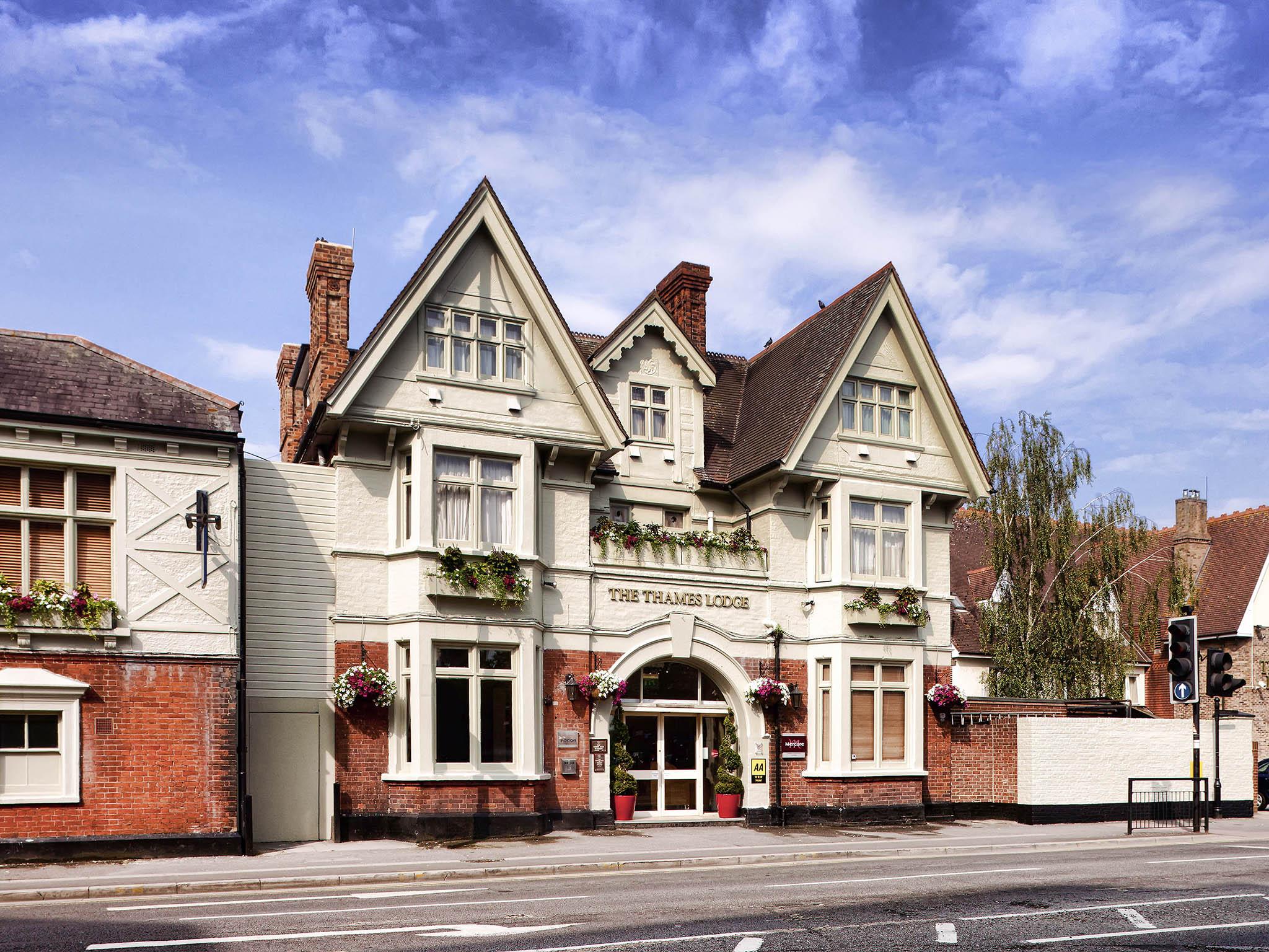 Отель — Mercure London Staines upon Thames Hotel