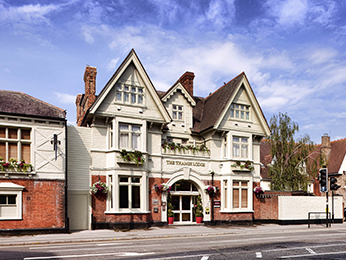 Отель - Mercure London Staines upon Thames Hotel