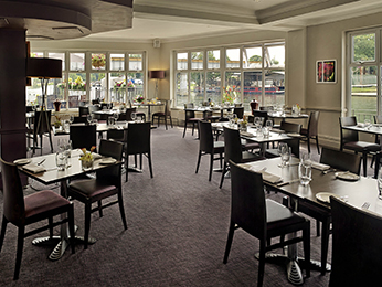 Restaurant - Mercure London Staines-upon-Thames Hotel