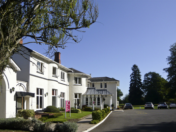 MERCURE BRANDON HALL HOTEL