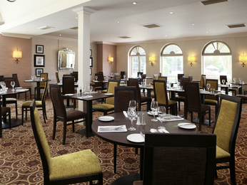 Restaurant - Mercure Brandon Hall Hotel and Spa Warwickshire