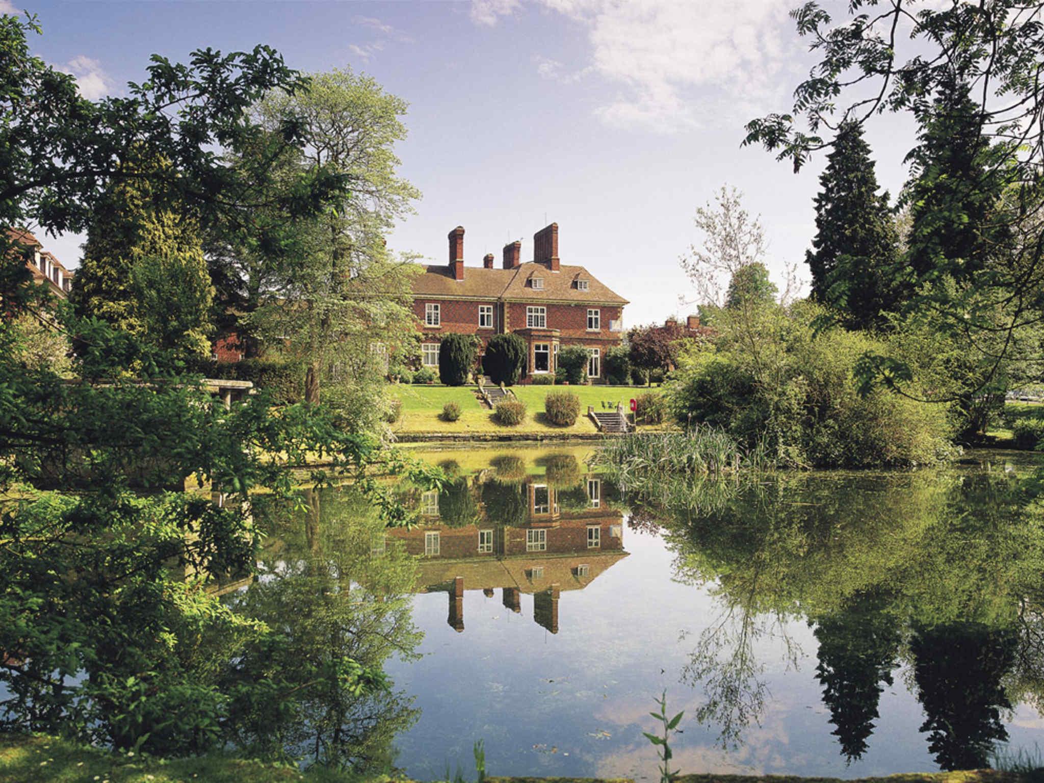 Отель — Mercure Shrewsbury Albrighton Hall Hotel & Spa