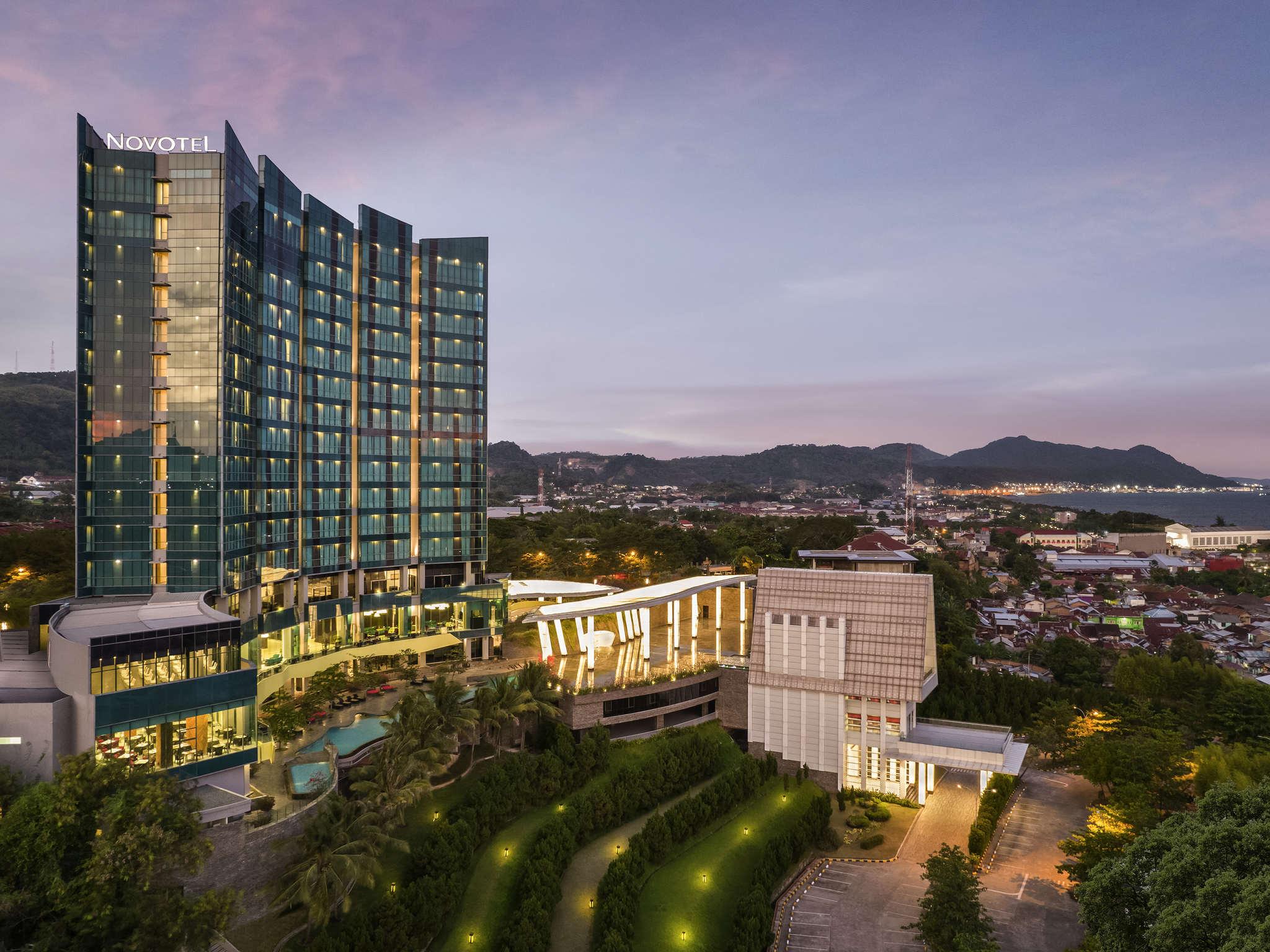 โรงแรม – Novotel Lampung