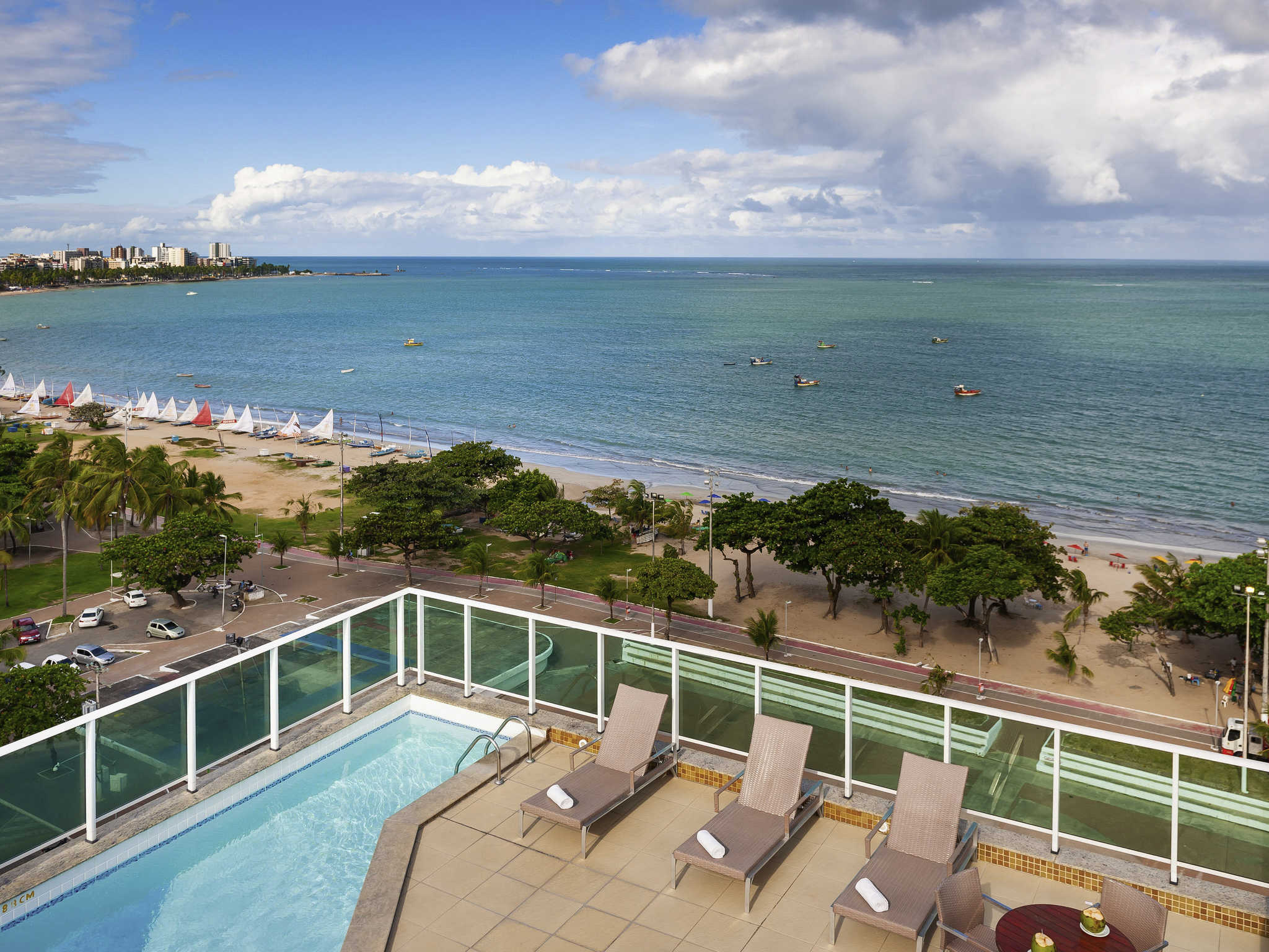 酒店 – 马赛约帕尤卡拉海滩美居酒店